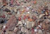 Discarded flints in a midden in Halls creek