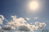 Sun and clouds / Soleil et nuages