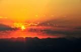 Sunrise over Cascade Mountains 011