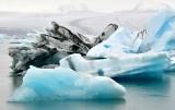 Icebergs in  Jökulsárlón glacial lagoon, Iceland 880