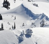 Heavy snow on Granite Mountain and Lookout, Cascades Mountain 411