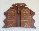 Detail Winter Synagogue