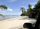 Mahe_beach.jpg