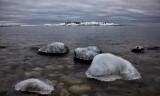 Stenar med ishättor, Stones with ice hats.