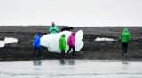 Tourists on Jökulsárlón Ice Beach, Iceland 654