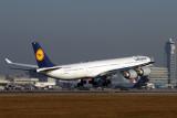 LUFTHANSA AIRBUS A340 600 KIX RF IMG_5467.jpg