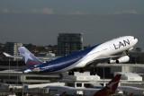 LAN AIRBUS A340 300 SYD RF IMG_9846.jpg