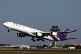 THAI AIRBUS A340 600 SYD RF IMG_0967.jpg