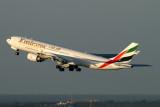 EMIRATES AIRBUS A340 500 DXB RF IMG_1773.jpg