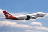QANTAS BOEING 747 200 SYD RF 130 31.jpg