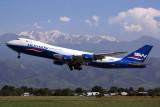 BOEING 747 800
