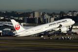 JAPAN_AIRLINES_BOEING_787_8_SYD_RF_5K5A0743.jpg