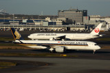SINGAPORE_AIRLINES_JAPAN_AIRLINES_AIRCRAFT_HND_RF_5K5A1073.jpg