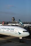 CATHAY_PACIFIC_CATHAY_DRAGON_AIRCRAFT_HKG_RF_IMG_0098.jpg