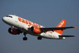 EASYJET AIRBUS A319 AMS RF 5K5A0233.jpg