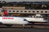 IBERIA DELTA AIRCRAFT JFK RF 5K5A9703.jpg