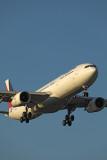 PHILIPPINES AIRBUS A330 300 MEL RF 002A6678.jpg