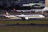 SINGAPORE AIRLINES BOEING 787 10 SYD RF 30000TH IMAGE 002A6924.jpg