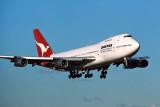 QANTAS BOEING 747 200 SYD RF 404 26.jpg