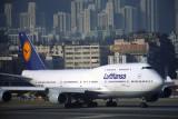 LUFTHANSA BOEING 747 400 HKG RF 1094 26.jpg
