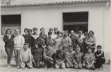 M. Picq en 1960 aves les moniteurs et monitrices