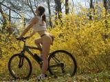 2009 posing on the mountain bike CT 1