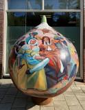 Giant Tulip Bulb, gesponsord door AH