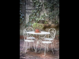 Courtyard table and chairs - Cogolin