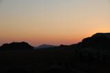 Coucher du soleil sur les montagnes