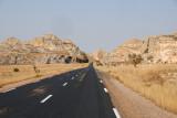 Notre route et montagnes environnantes