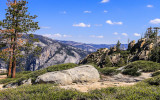 View near Taft Point along the Taft Point Trail in Yosemite National Park