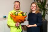 Felicitaties voor Robert de Smet door Wethouder Tirtsa Kamstra