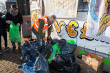 Plastic Guerrilla ruimt op in Leerdam West
