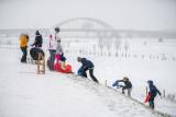 Sneeuwpret aan de Viaanse Lekdijk