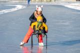 Lekker met  je zussie schaatsen