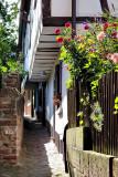 Den som bor här kan inte få in en flygel i huset, alltför trångt utanför (Neckargemünd)