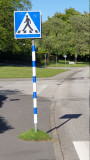 Ekologisk kommun där till och med  en gatuskylt kan få en egen gräsmatta!   ;-)