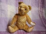 9712- vintage bear