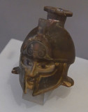 Istanbul Archaeological Museum Perfume flask with helmeted head june 2019 2172.jpg