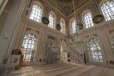 Istanbul Ortakoy Mosque oct 2019 7330.jpg