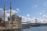 Istanbul Ortakoy Mosque oct 2019 7354.jpg