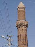 Aksaray Leaning Minaret3111b.jpg