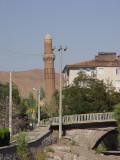 Aksaray Leaning-Minaret 3124.jpg