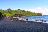 Pa'iloa Bay Black Sand Beach