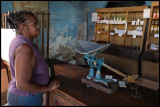 old-fashioned weighing in the store - Camagüey