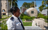 Gard at Fidel Castros tomb