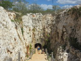 Steps and a little tunnel to the third cenote - Xoch'
