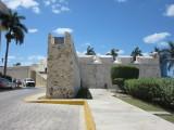 Part of the wall and Baluarte de San Carlos
