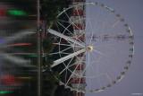 sony-fe-200-600mm-g-oss-Ferris-Wheel.JPG