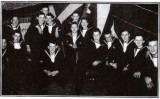 1951-52 - TERRY COOPER, MY DAD ALLAN COOPER POSSIBLY 3RD FROM RIGHT..jpg